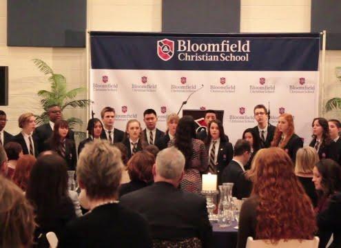 BCS High School Choir performing (Stati Uniti)
